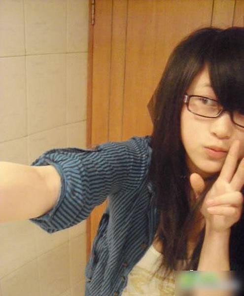 20100815-schoolgirls23.jpg