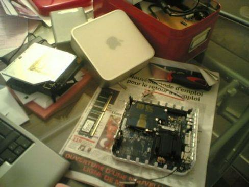 20110302-apple-to-roll-out-mac-mini2.jpg