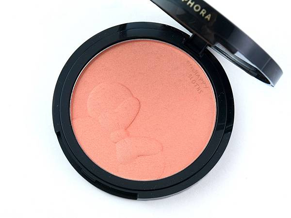 sephora-minnie-mouse-collection-minnies-inner-glow-luminizing-blush-swatches-review