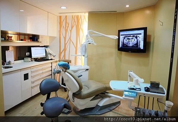 四季牙醫 (2).jpg