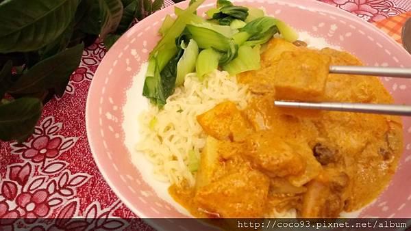 Kitchen 88泰式即食包 Rauch果汁 (48).JPG