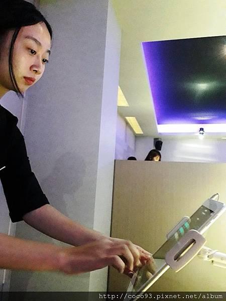 OSIM 4手天王按摩椅活動 (10).jpg