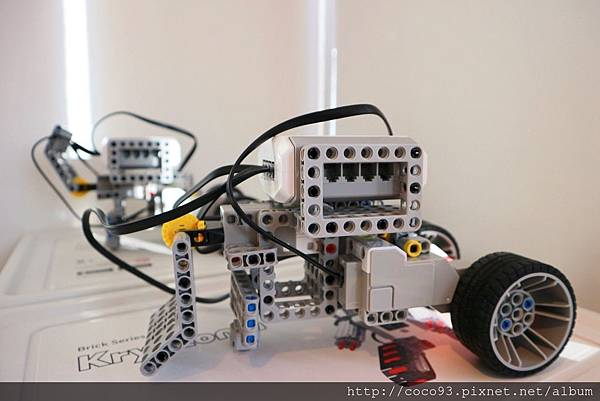 得意未來程式機器人動力機器人課程 (9).jpg