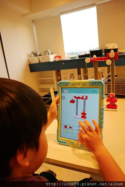 得意未來程式機器人動力機器人課程 (13).jpg