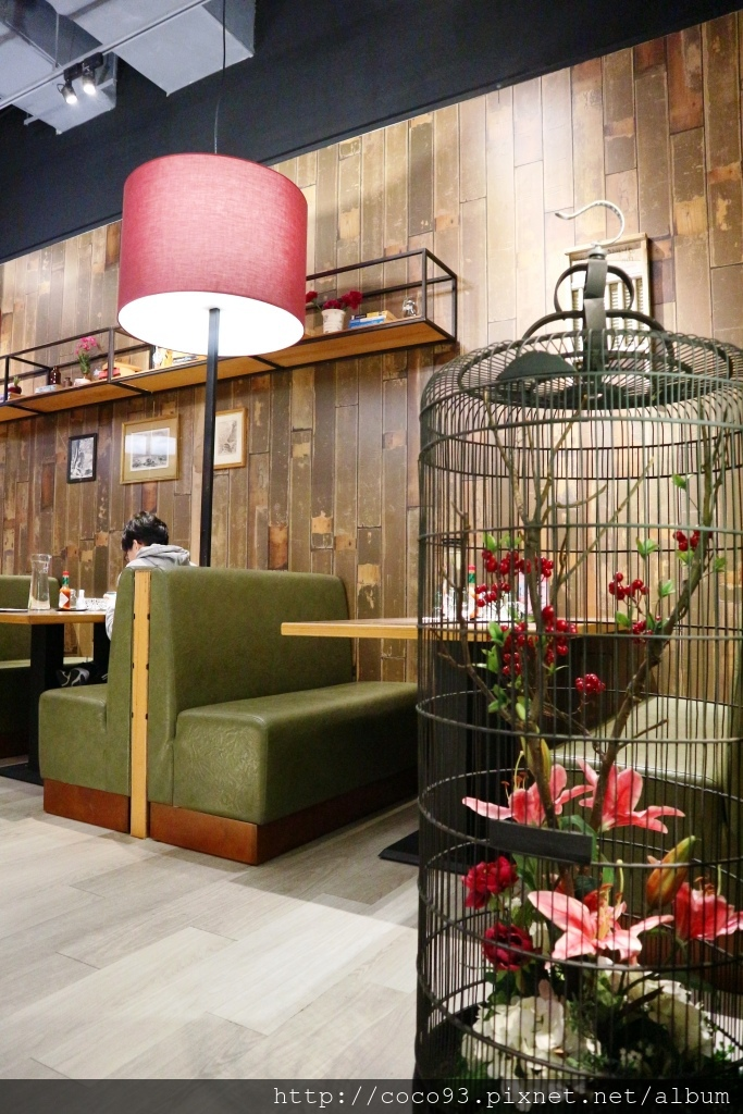 洋城義大利餐廳-誠品信義店 (2).jpg