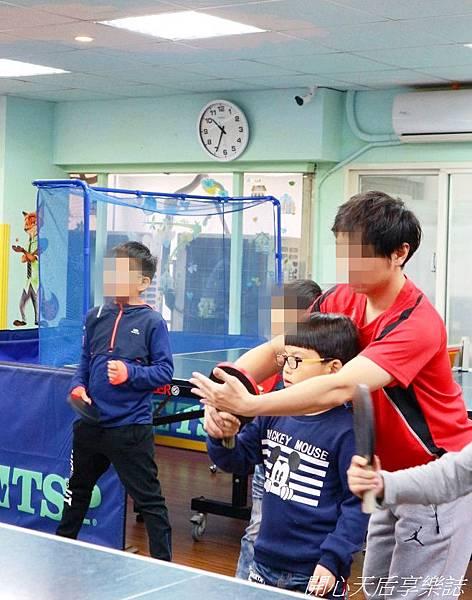 乒乓島兒童桌球 (6).jpg
