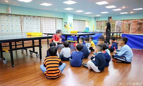 乒乓島兒童桌球 (7).jpg
