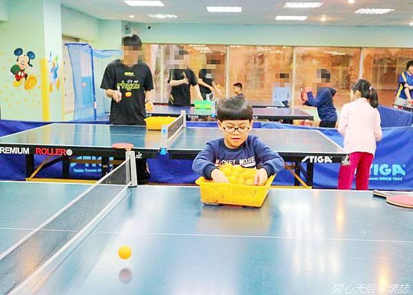 乒乓島兒童桌球 (10).jpg