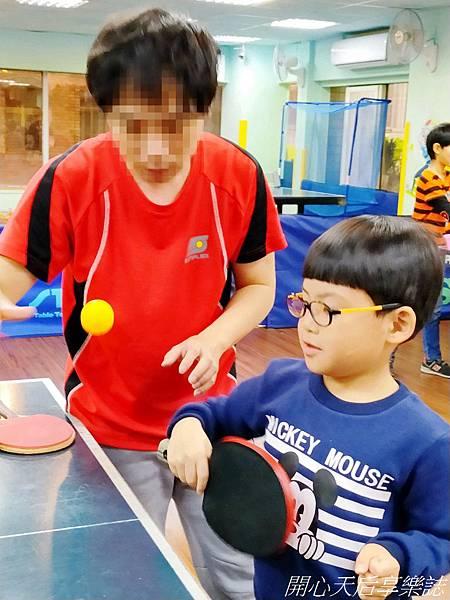 乒乓島兒童桌球 (13).jpg