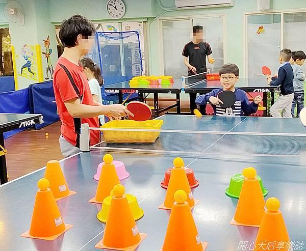 乒乓島兒童桌球 (23).jpg
