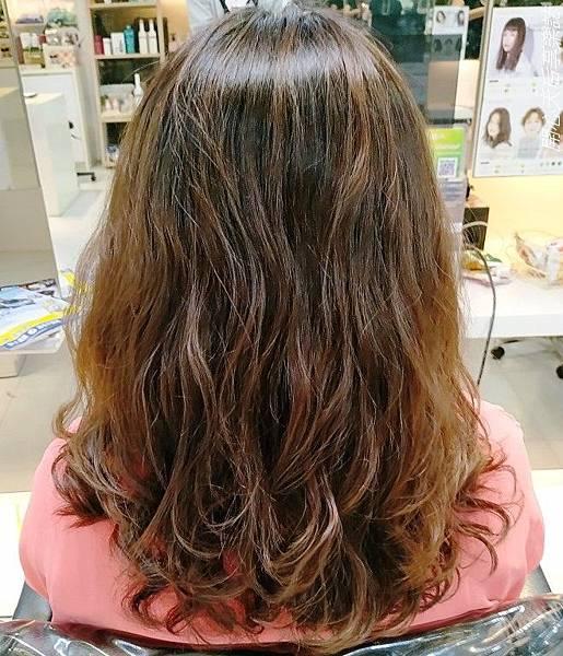 Hg Taipei一店燙髮 (6).jpg