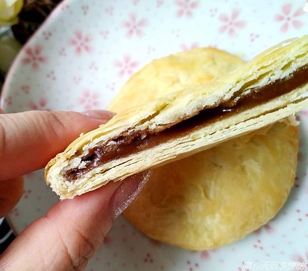一福堂黑糖鮮奶太陽餅 (5).jpg
