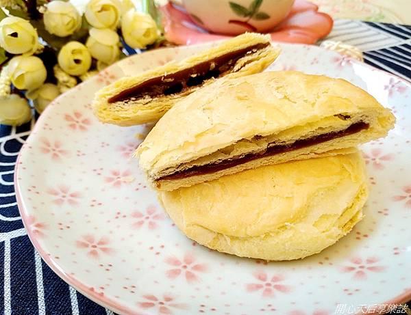一福堂黑糖鮮奶太陽餅 (6).jpg
