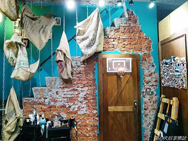 ARES Hair Salon (16).jpg
