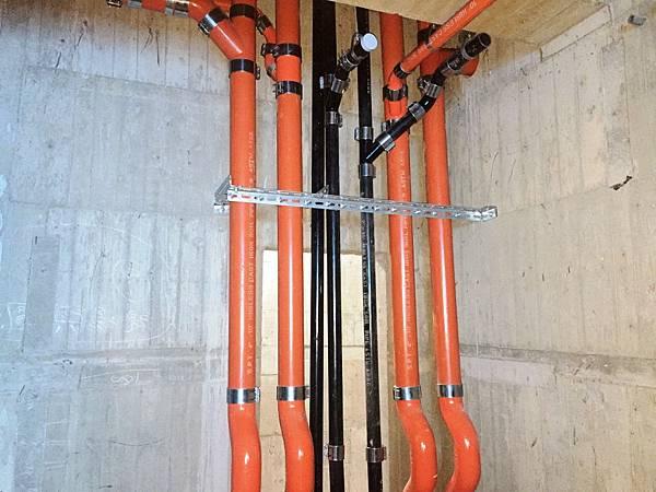新大樓排水_200521_0008.jpg