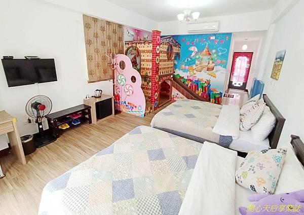 南京222民宿 (25).jpg