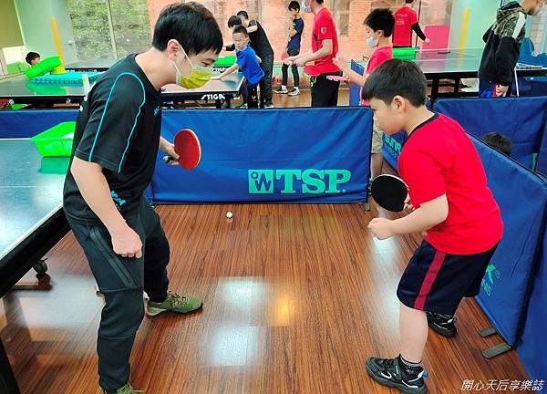 乒乓島兒童桌球 (16)