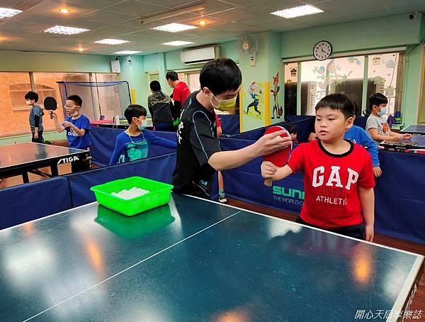 乒乓島兒童桌球 (20)
