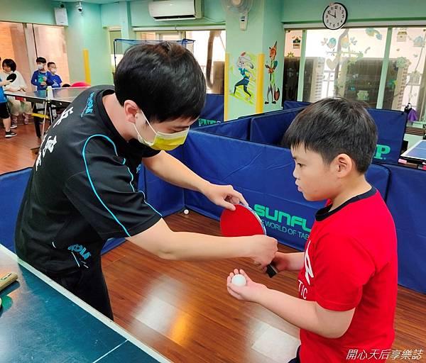 乒乓島兒童桌球 (23)