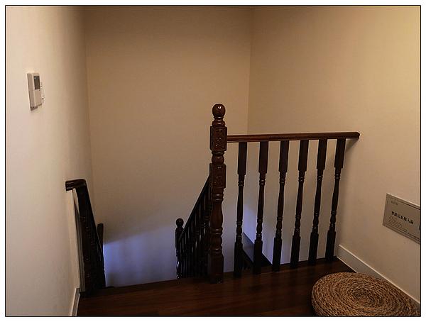 二樓樓梯口