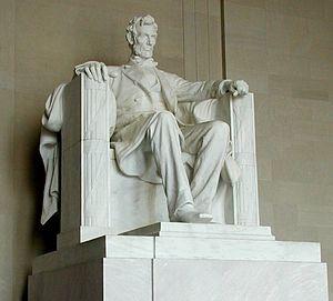300px-Lincoln_statue