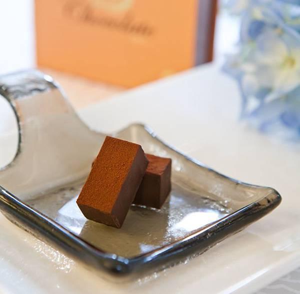 生巧克力-FB