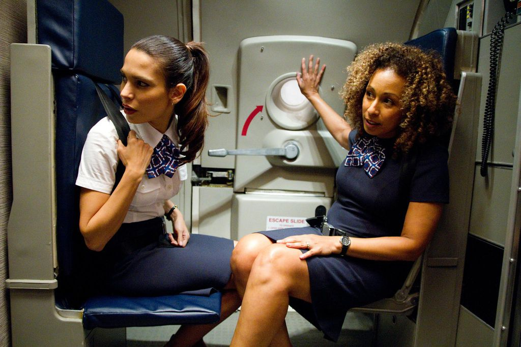 still-of-tamara-tunie-and-nadine-velazquez-in-flight-large-picture