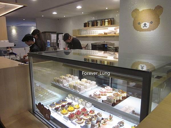 Rilakkuma Cafe (14).jpg