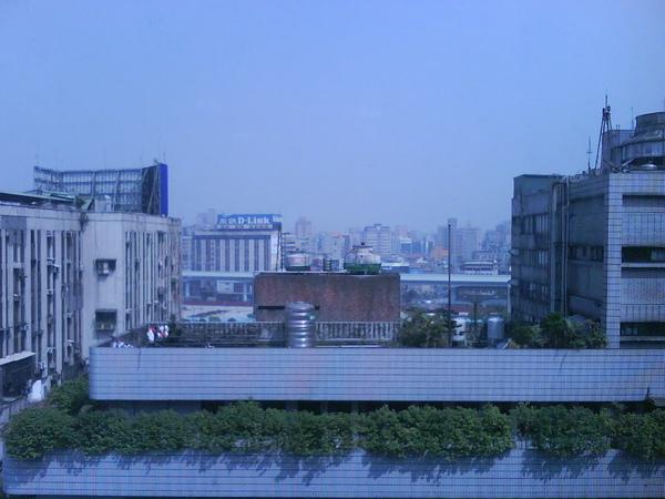 公司窗外 090313.JPG