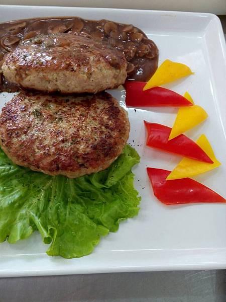 紅酒洋菇漢堡排