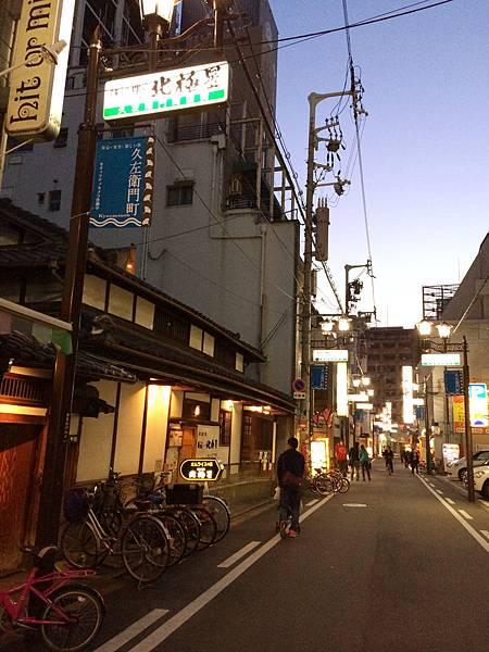 2014-04-01_18-35-00_副本.jpg