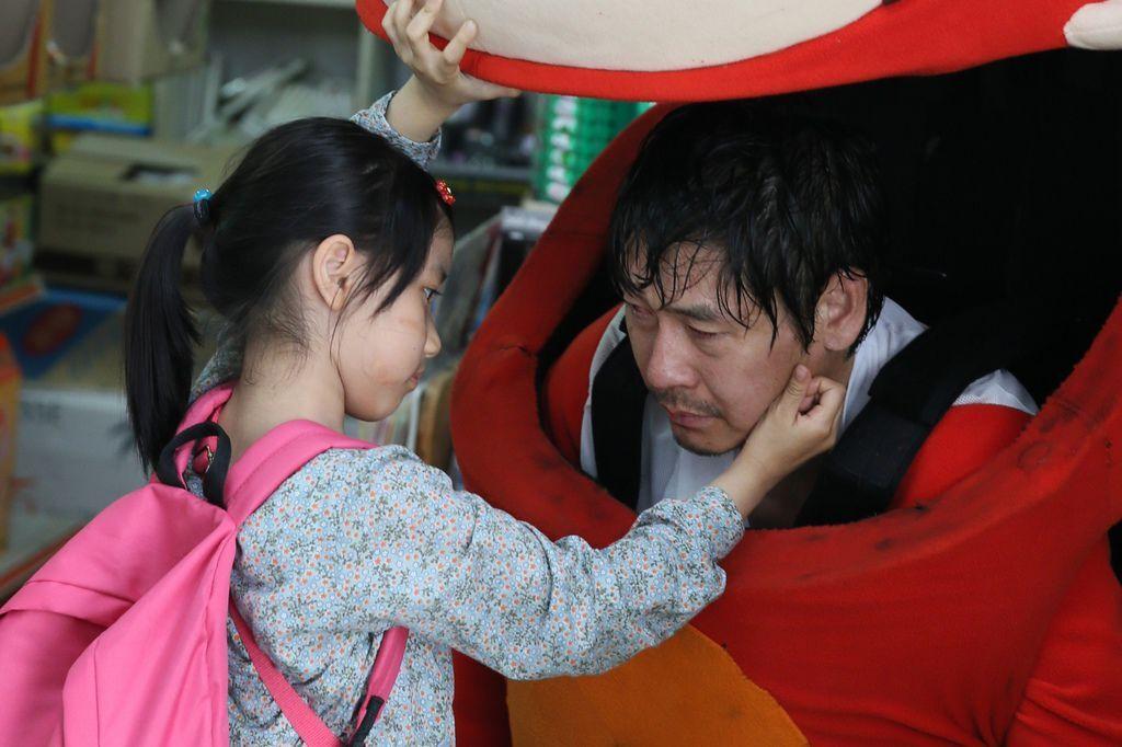 02. 《希望:為愛重生》改編自韓國真實兒童受害案件,導演表示以此素材改拍,是期待讓大家知道或許在不幸和絕望的盡頭,就是希望的開始。