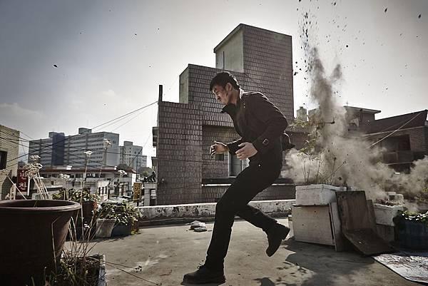 04. 動作鉅獻《諜影殺機》,號召韓國影壇最強幕後班底打造全新動作懸疑類型傑作。