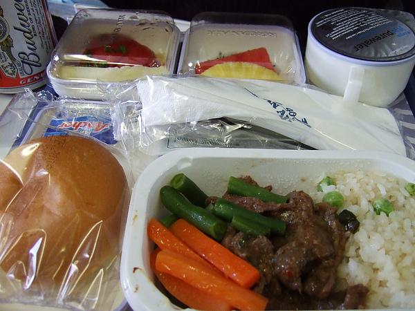 飛機餐,我不挑食。