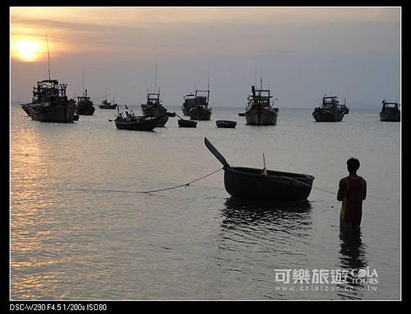 旅遊世界好感動》海賊大紀元-這次停靠的是尼角》柔依澄.jpg