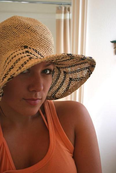 cobie-hat.jpg