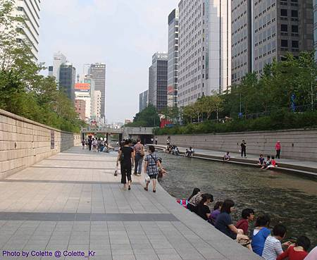 cheonggyecheon 01.jpg