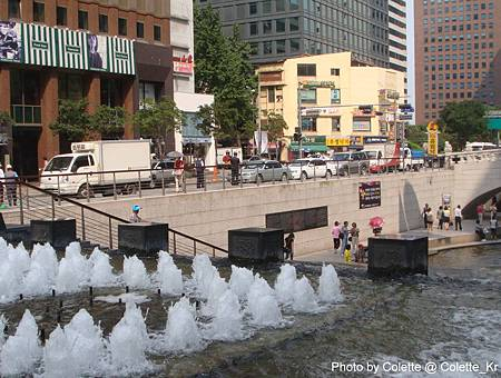 cheonggyecheon 02.jpg