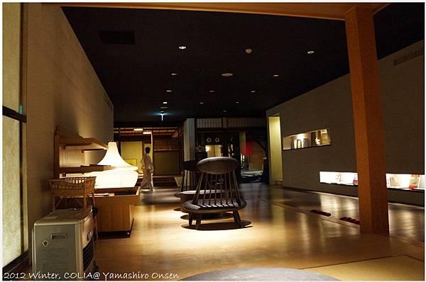lobby 09