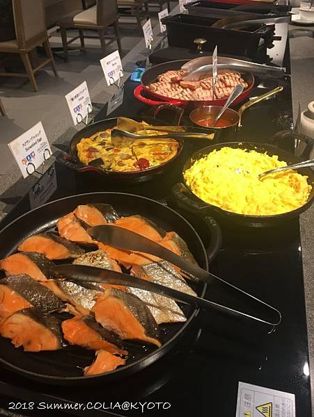 4-breakfast 03.JPG