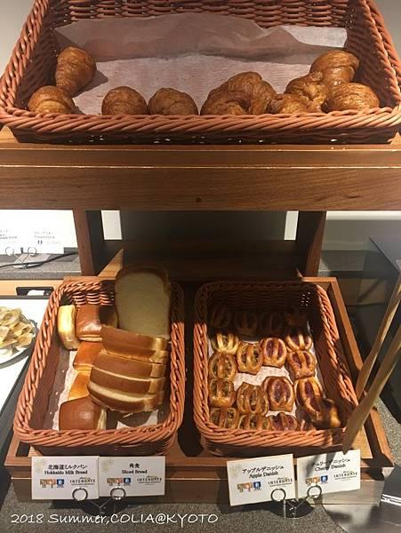 4-breakfast 06.JPG
