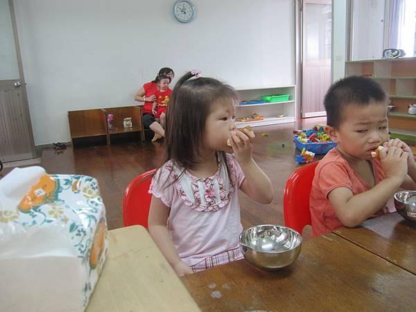 讀幼稚園的第一天-2012-08-06
