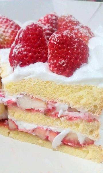 梅笙草莓蛋糕7.jpg