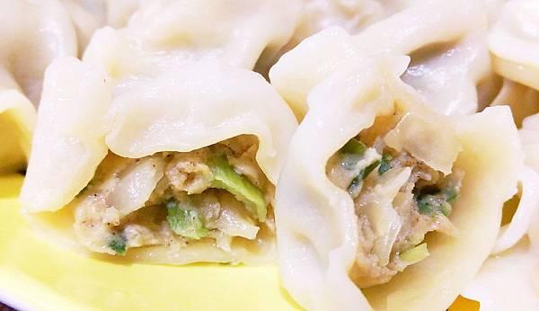 OEC蔥媽媽爆汁手工水餃11.jpg