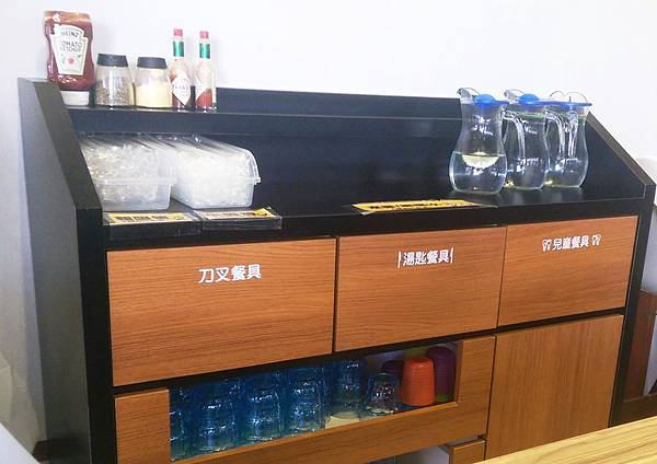 8nana八樂那大里益民店8.jpg