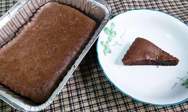 巧克力布朗尼蛋糕食譜.jpg