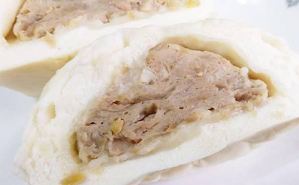 魚有王韭菜鮪魚水餃巨無霸鮪魚肉包黑鮪飛魚卵香腸13.jpg