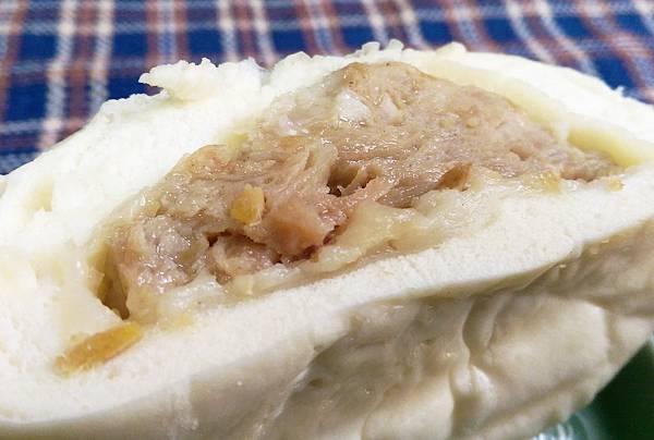 魚有王韭菜鮪魚水餃巨無霸鮪魚肉包黑鮪飛魚卵香腸14.jpg