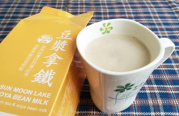 花美你樂拿鐵系列飲品紅茶拿鐵豆漿拿鐵15.jpg