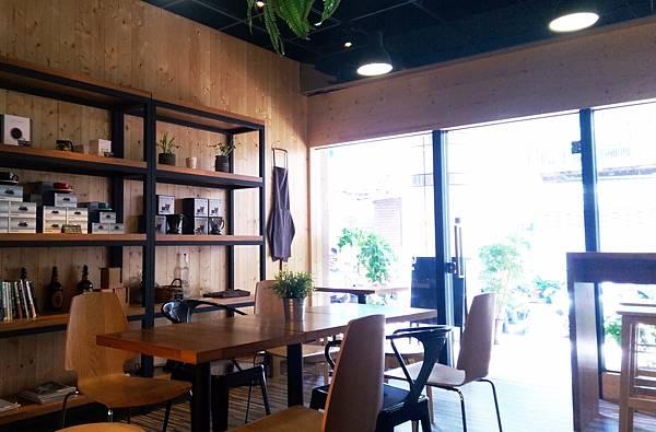 Cafe' Arena2.jpg